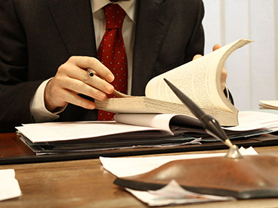 La Mejor Oficina de Abogados Especializados en Español Disponibles Para su Asunto Legal, Problemas Legales Cercas de Mí en National City California